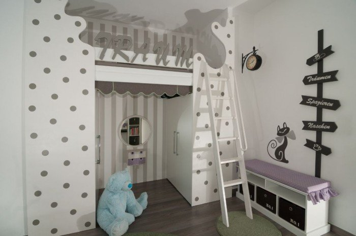 kinderhochbett selbst gebaut. Black Bedroom Furniture Sets. Home Design Ideas